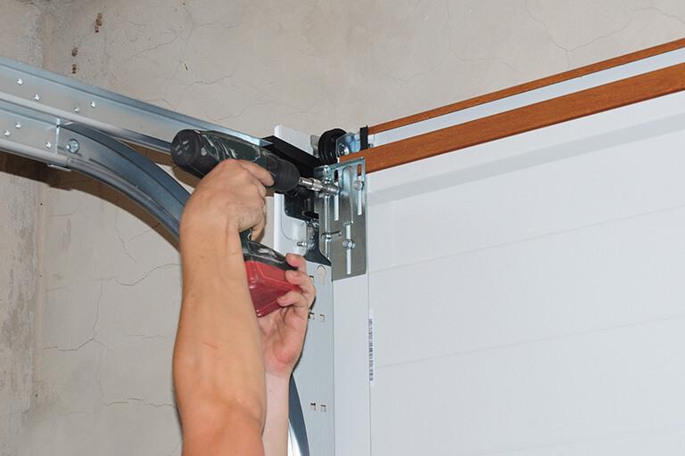 Commercial Garage Door Opener Repair Company in Cleveland Ohio