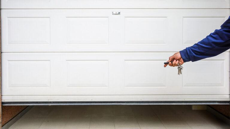 garage door repair and installation in Cleveland